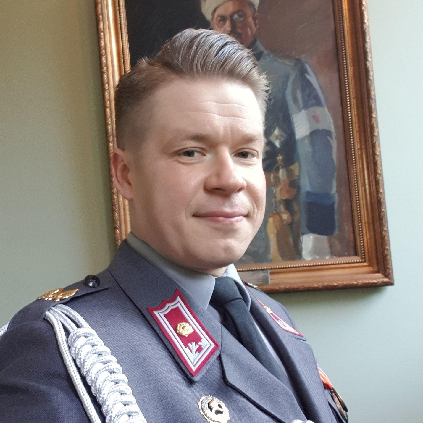 Maanpuolustuskorkeakoulun dosentti, majuri Antti Paronen odottaa suurella mielenkiinnolla millaista Isisin terroristinen toiminta länsimaissa tulee tulevaisuudessa olemaan.