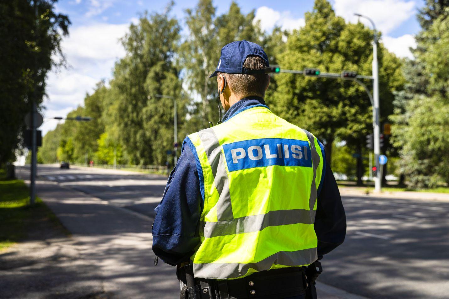 Uudistuksen tarkoituksena on vähentää poliisiin kohdistuvaa maalittamista.