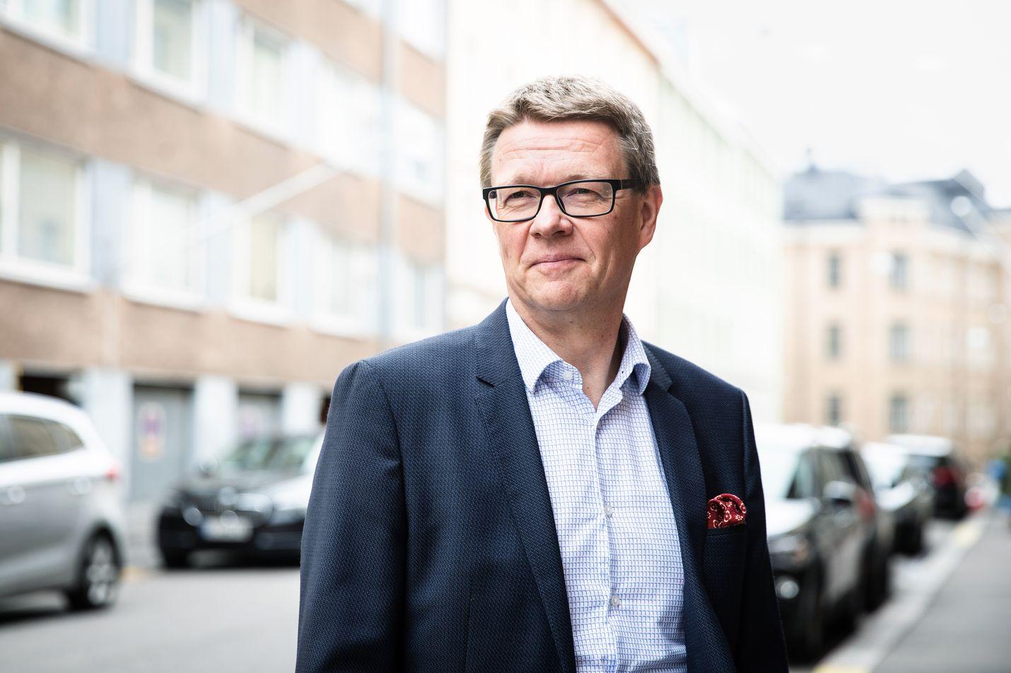 Timo Lapin mukaan matkailu- ja ravintola-alalla korona-aikana on pärjännyt vain pikaruokasektori, koska ihmiset ovat ostaneet take away -annoksia kotiin.