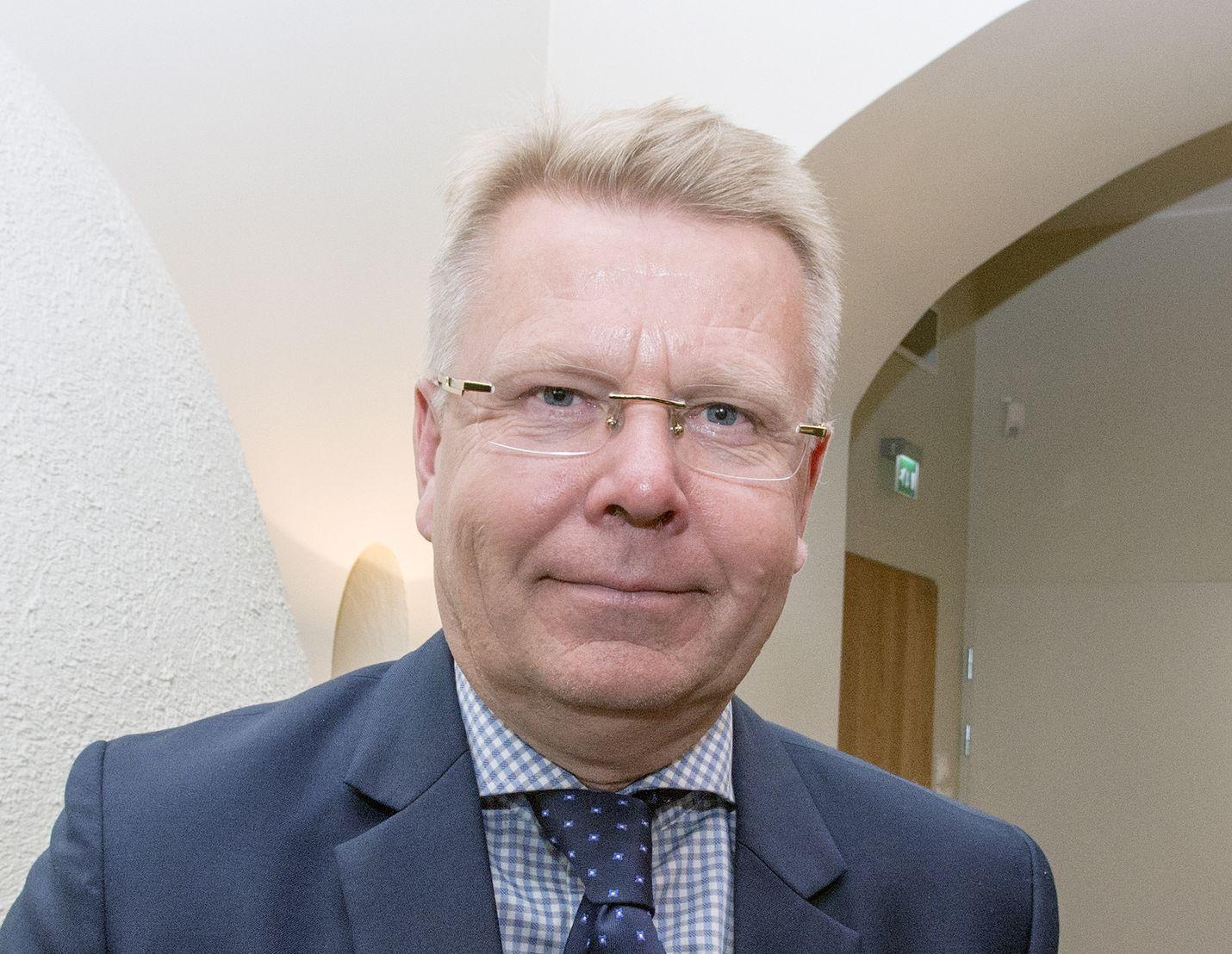 Elinkeinoelämän keskusliiton toimitusjohtaja Jyri Häkämies ei pidä tilannetta työmarkkinoilla erityisen kriittisenä.