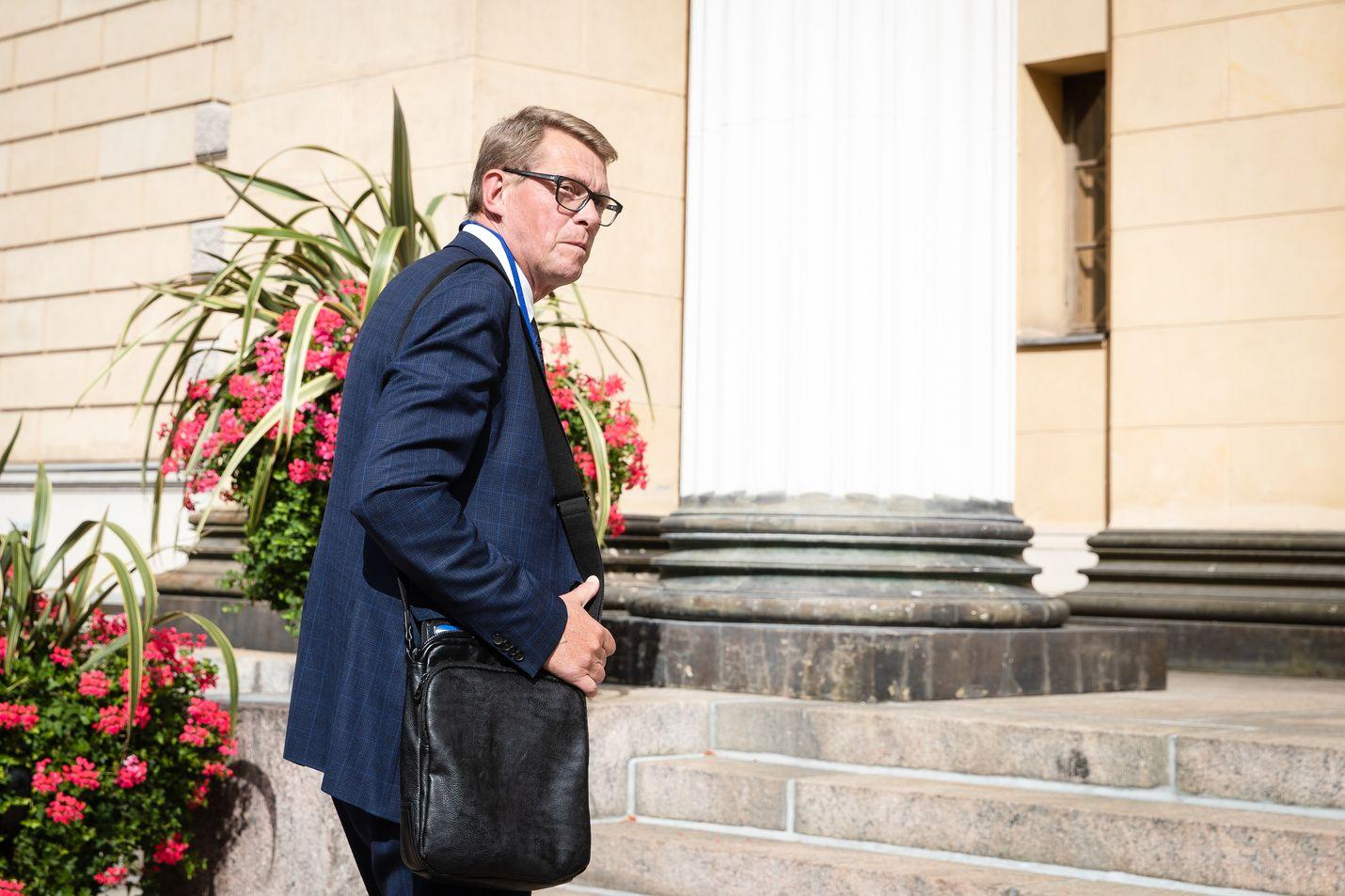Valtiovarainministeri Matti Vanhanen on korostanut, että valtiotalouden menokehykseen palataan jälleen vuonna 2021.