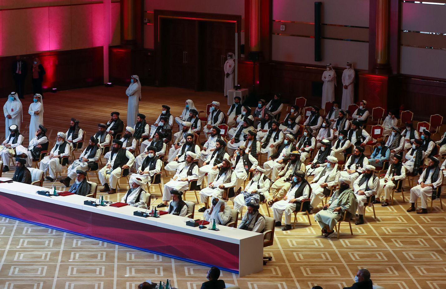 Talibanin ja Afganistanin hallituksen edustajat kokoontuivat rauhanneuvottelujen avajaistilaisuuteen lauantaina 12. syyskuuta Qatarin pääkaupungissa Dohassa.
