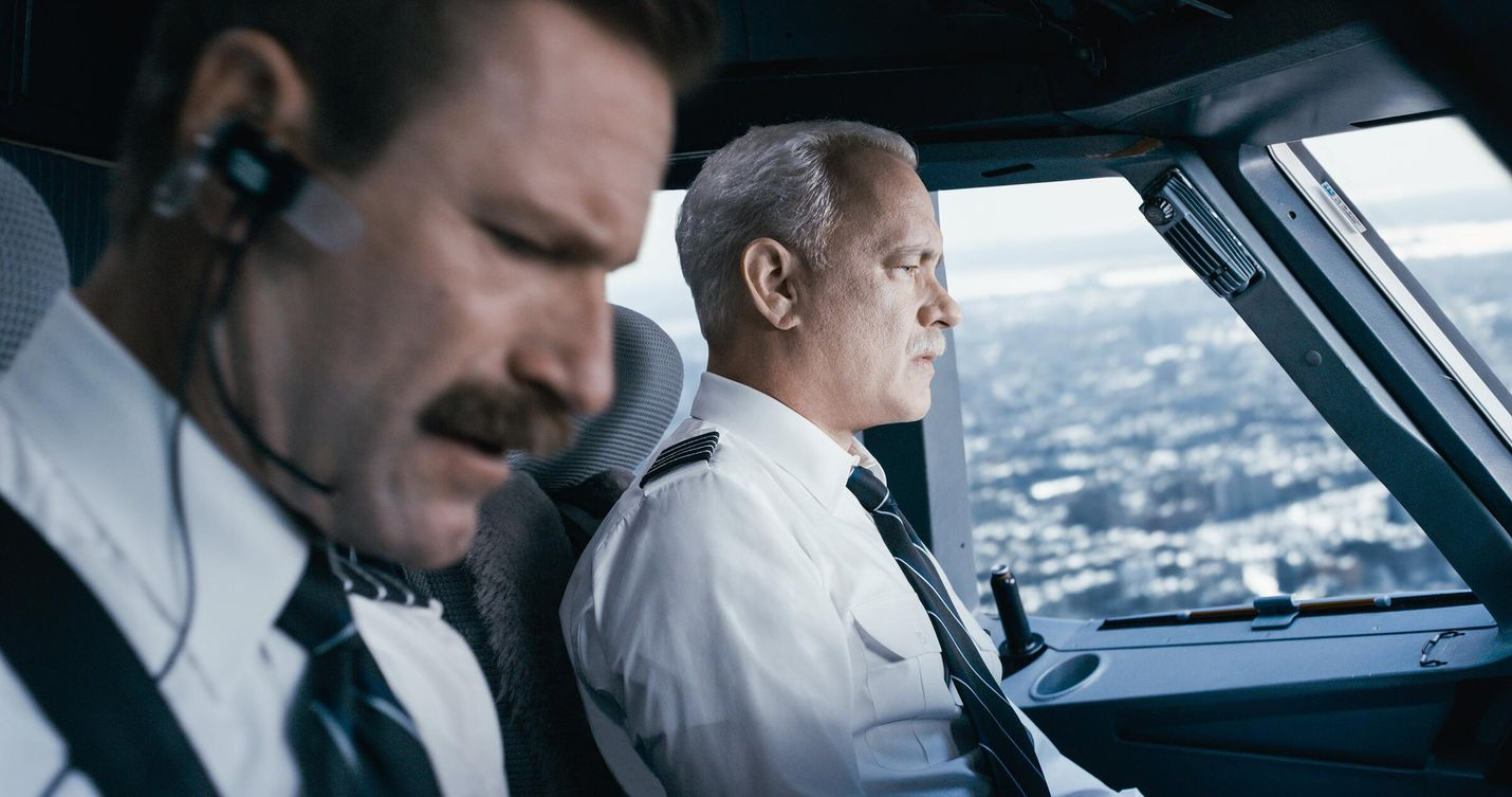Sully – uroteko Hudson-joella kertoo lentokapteenista (Tom Hanks), joka onnistui laskeutumaan hajonneella matkustajakoneella jokeen.