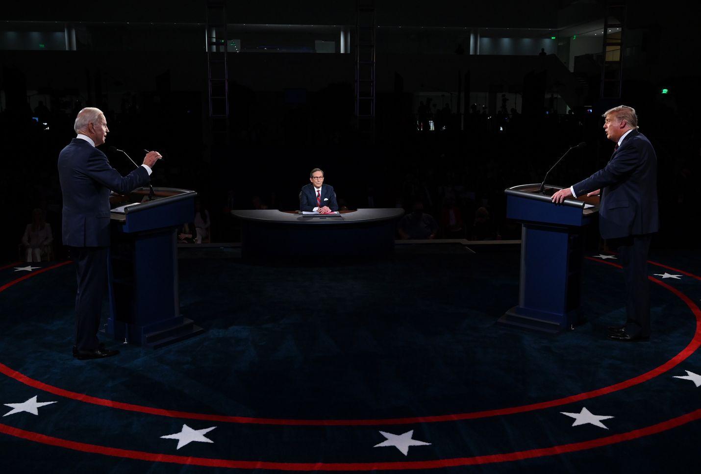 Yhdysvalloissa demokraattien presidenttiehdokas Joe Biden ja presidentti Donald Trump kuvattiin ensimmäisessä vaaliväittelyssä syyskuun lopussa.