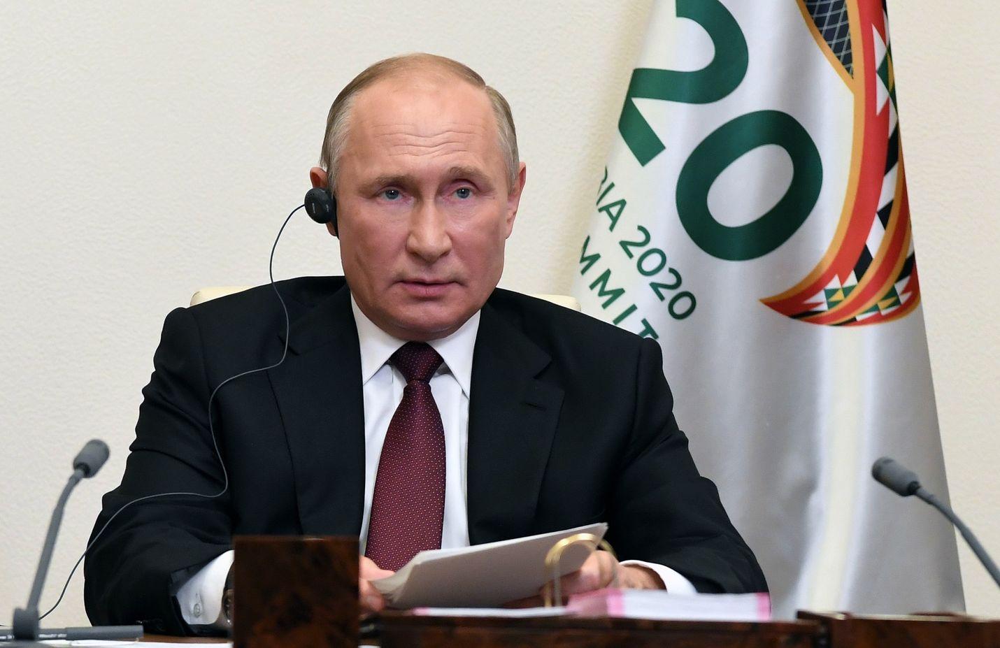Venäjän presidentti Vladimir Putin osallistui viikonloppuna G20-maiden huippukokoukseen videoyhteyden välityksellä Moskovan ulkopuolella sijaitsevasta Novo-Ogarjovon valtion residenssistä käsin.
