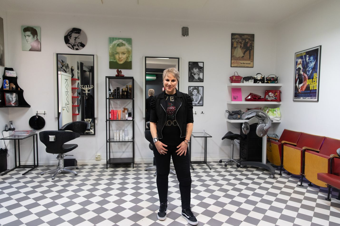 Viime vuonna meikkitaiteilija, kampaaja Marja Brink teki kollegansa kanssa Studio Marilynissa seitsemän kampausta ja meikkausta Linnan juhliin.