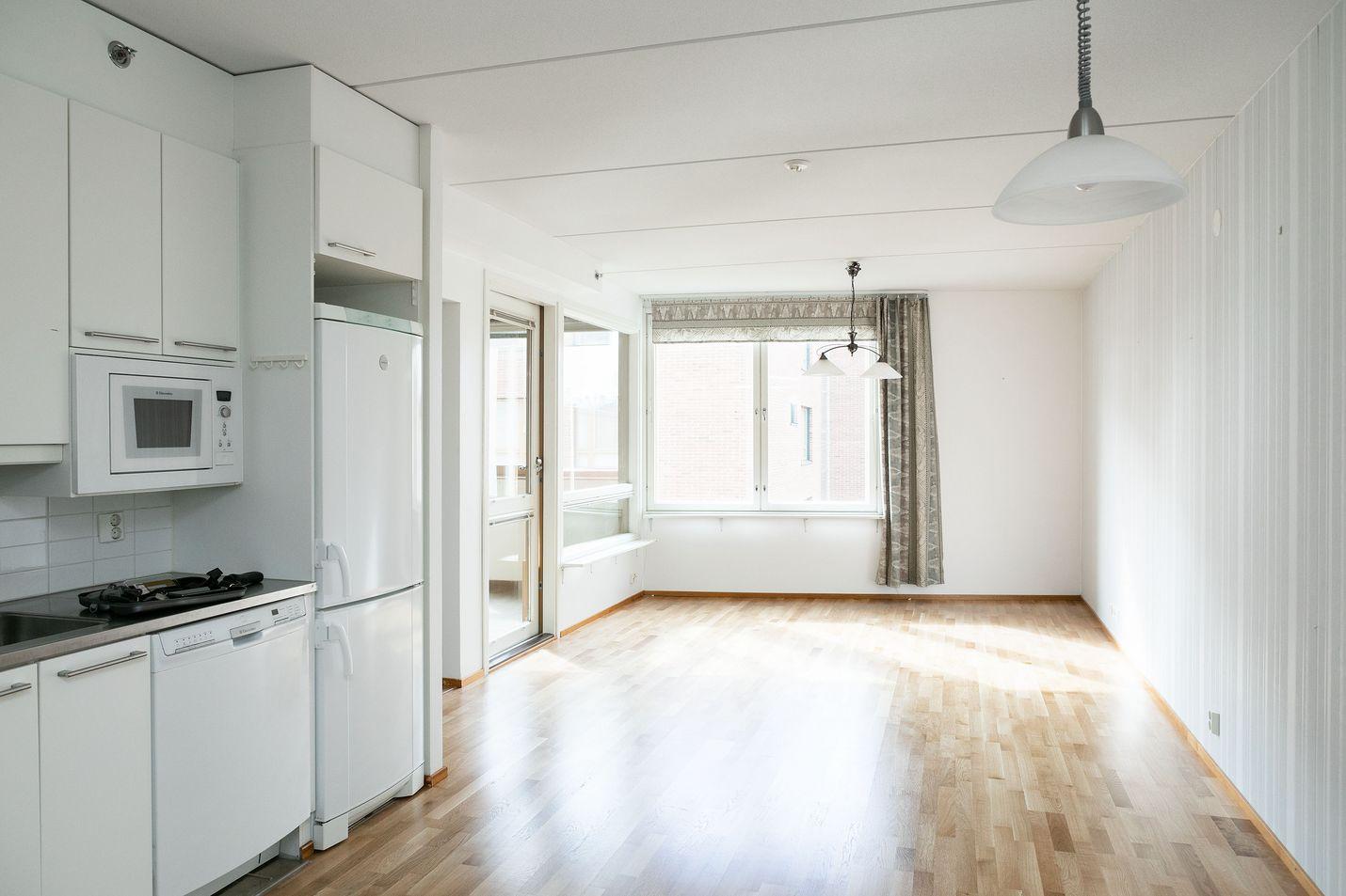 Ennakkotietojen mukaan tammi-syyskuussa asuntokauppoja tehtiin 12 miljardilla eurolla. Kuvituskuva.