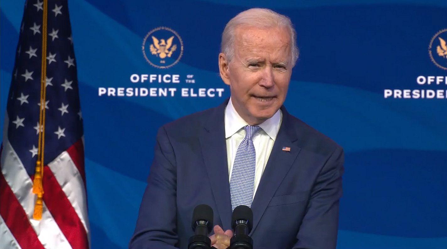 Joe Biden kuvattiin loppiaisena tämän puhuessa kongressitalon mellakoista.