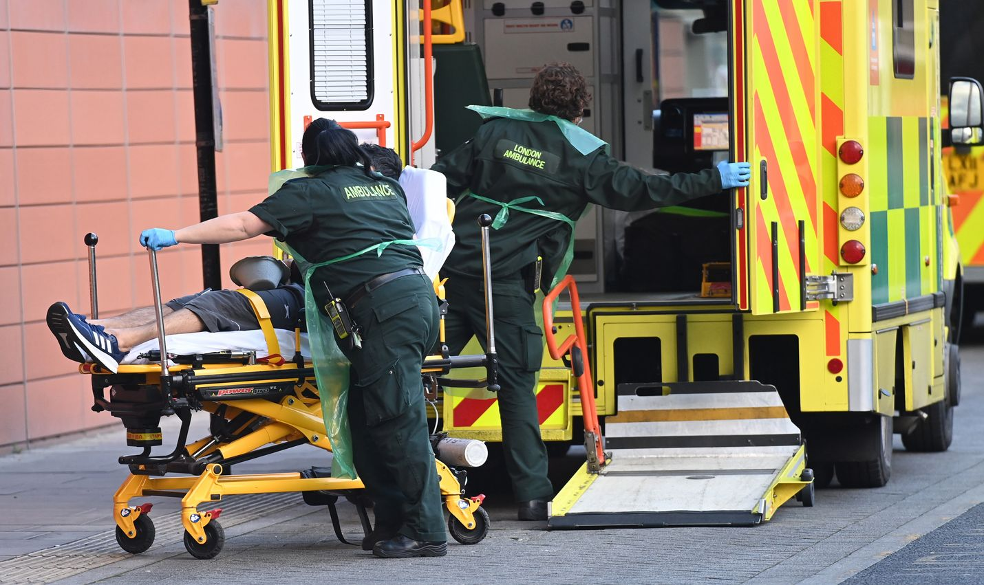 Alkuvuodesta Britannian sairaaloissa on ollut enemmän covid-19-potilaita kuin viime kevään viruksen ensimmäisen aallon aikana.