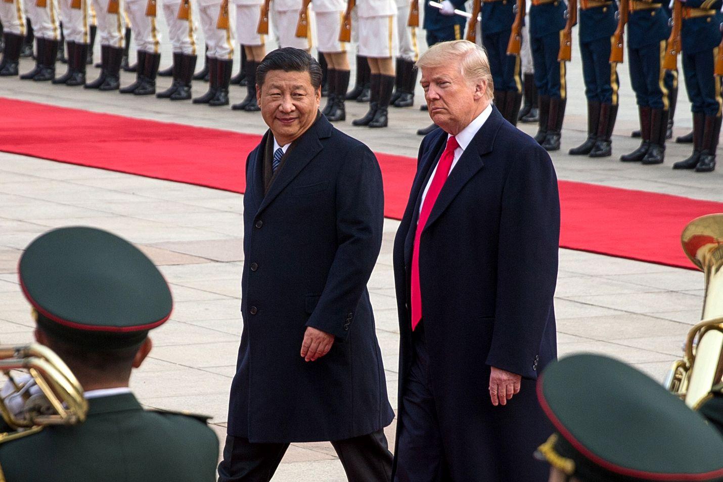 Yhdysvaltojen ja Kiinan välinen kauppasota on vahingoittanut kummankin maan taloutta. Xi ja Trump Pekingissä marraskuussa 2017.
