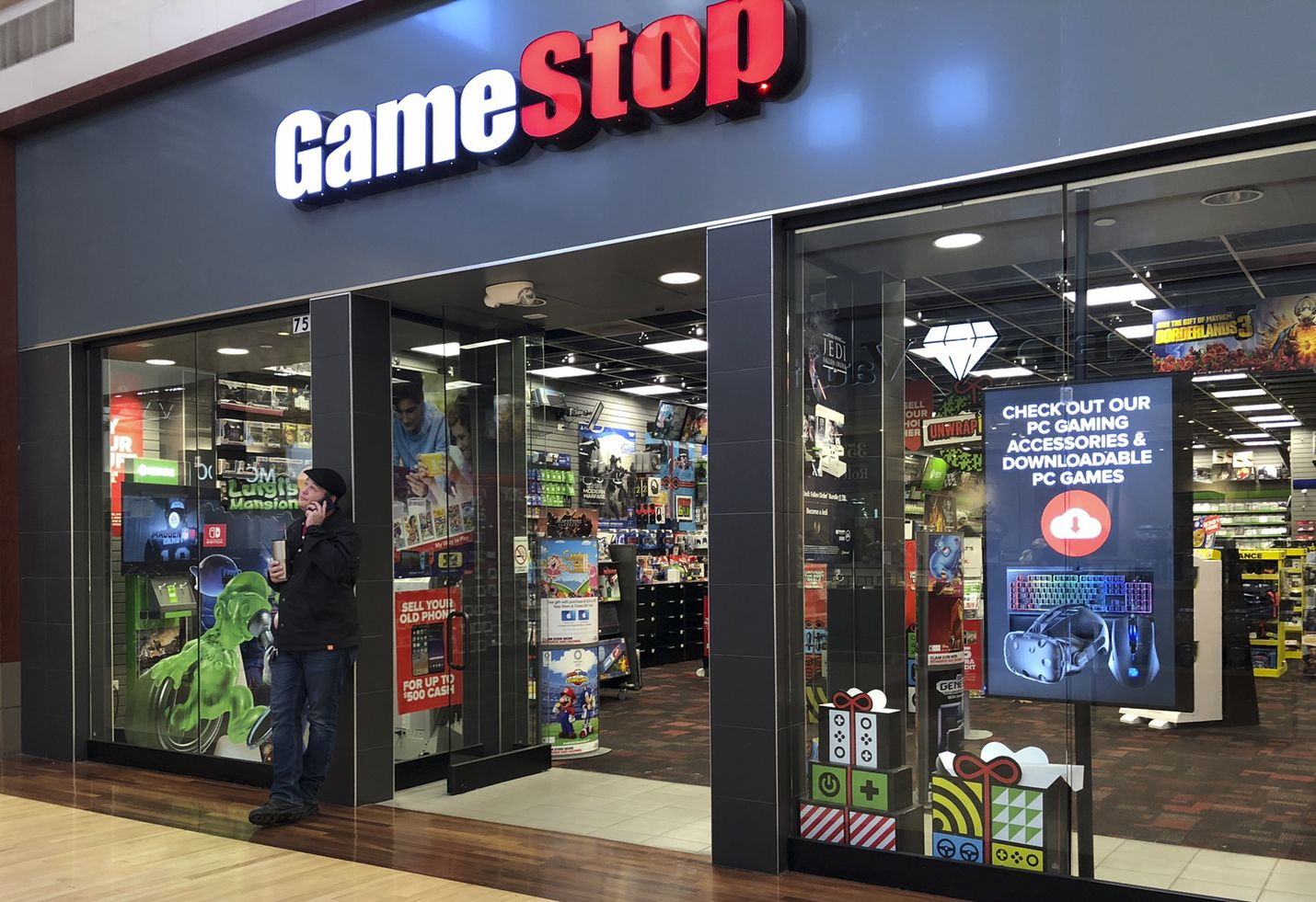 Videopeliyritys Gamestopin osakkeiden arvon ennakoitiin laskevan. Toisin kävi, kun joukko piensijoittajia puuttui peliin.