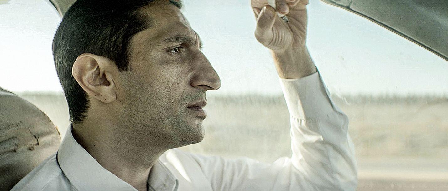 Tarik Saleh'n ohjaamassa noir-vaikutteisessa trillerissä liikutaan Egyptin isokenkäisten ja korruptoituneiden poliisien piireissä.
