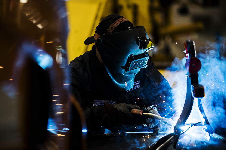 Teknologiateollisuuden sopimuksen on totuttu näyttävän suuntaa myös muiden alojen sopimuksille. Jatkossa osa teknologia-alan yrityksistä sopii työehdoista yrityskohtaisesti.