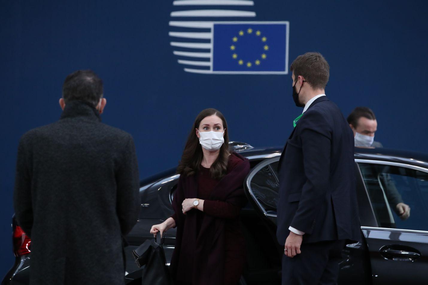 Sanna Marin neuvotteli elvytyspaketista Brysselissä viimeksi joulukuussa, kun Puola ja Unkari vastustivat oikeusvaltioperiaatetta.