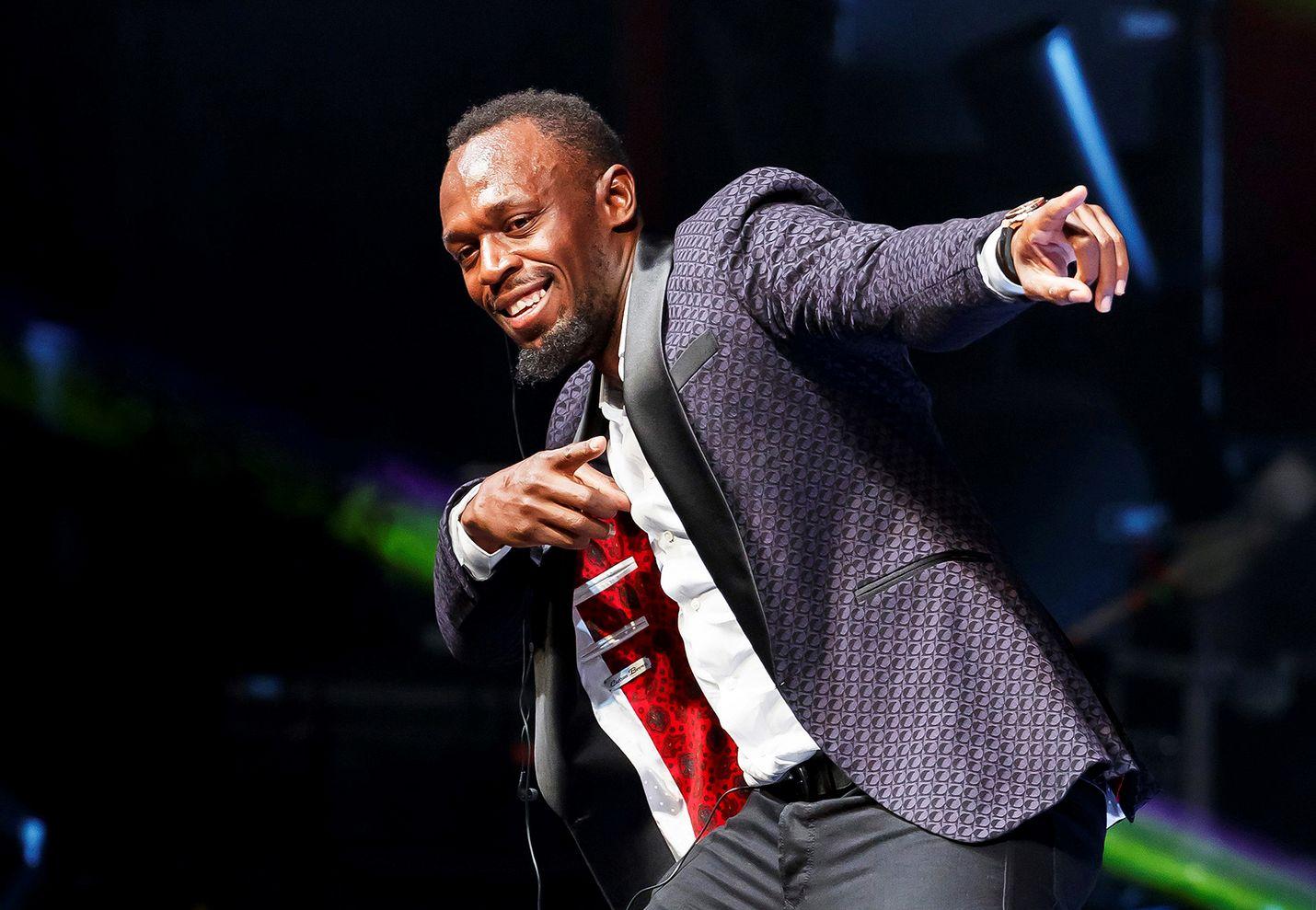 Usain Bolt on ilmiö ja legenda, joka juoksee epäinhmillisen lujaa.