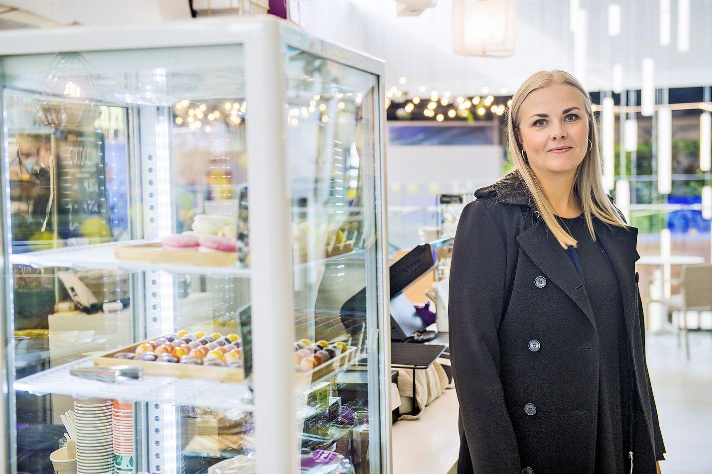 Johanna Niemelä sairastaa keliakiaa. Pienikin annos vehnän, rukiin ja ohran sisältämää gluteenia aiheuttaa ohutsuolen limakalvolla tulehdusreaktion.
