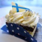 Kuningatarhillo on yksi Tiihosen leipomon Suomi 100 -leivonnaisen ainesosista.