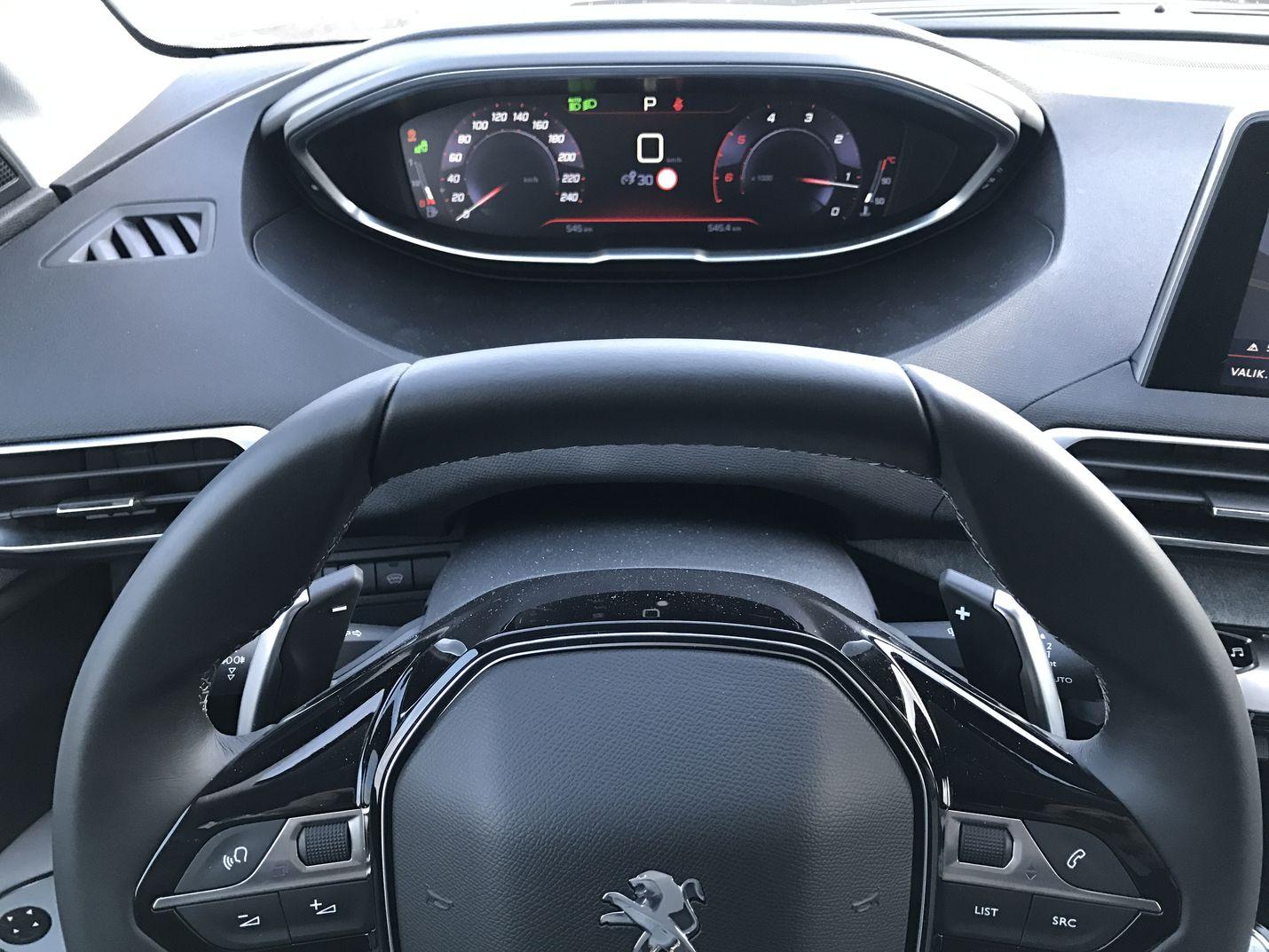 Koeajo: Peugeot 3008 onnistuu ylittämään monet odotukset