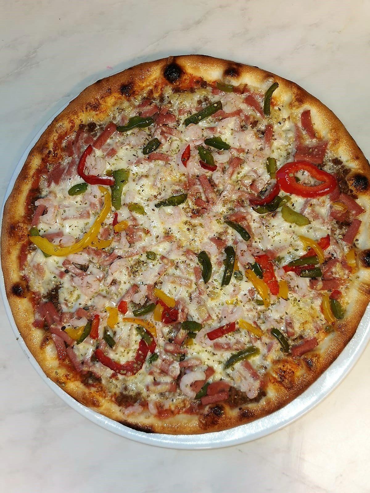 Sisäänleivottu Pizza