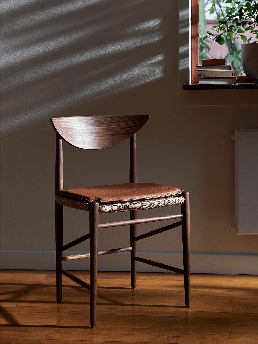 &Traditionin Drawn-tuoli