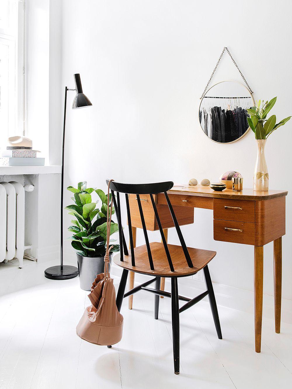 Tiikki kampauspöytä 50 luku | Nordic Vintage Shop