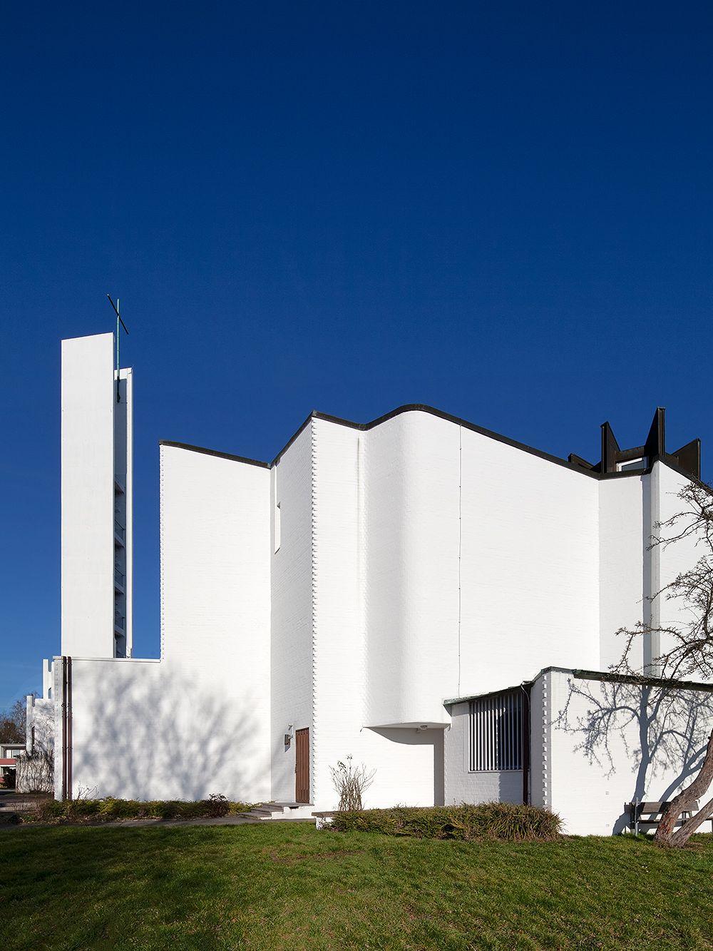 Alvar Aalto Heilig-Geist-Kirche Wolfsburg, julkisivu