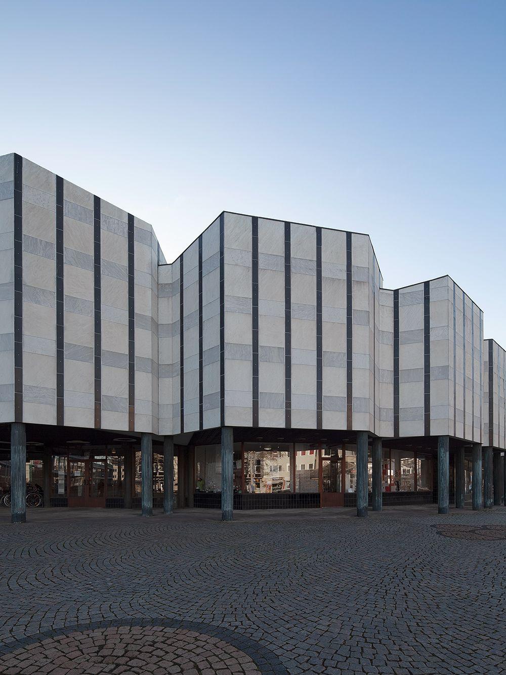 Alvar Aalto Kulturhaus Wolfsburg, julkisivu