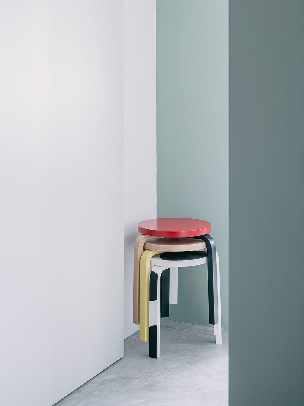 Artek Aalto jakkara 60, punainen - koivu