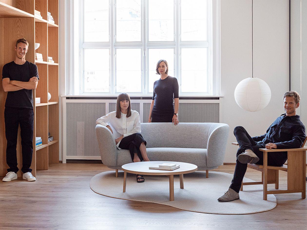Massproductions Dandy sohva, 2-istuttava