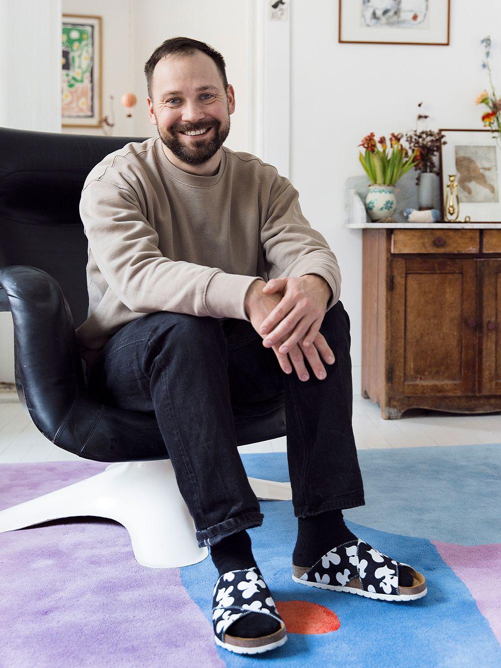 Lauri Kähkönen ja Karuselli-tuoli