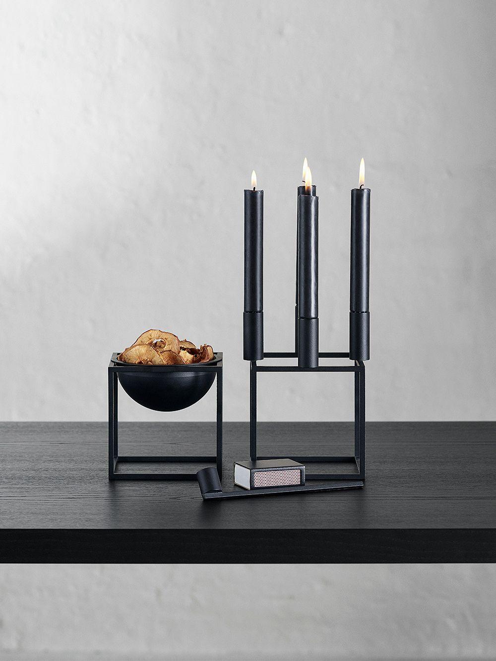 By Lassen Kubus 4 kynttiläjalka, musta