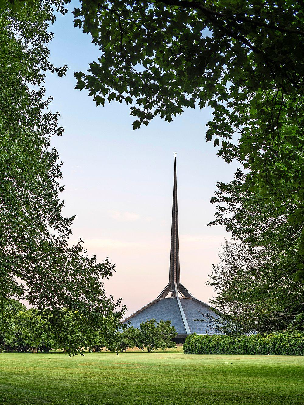 North Christian Church, Columbus, Indiana