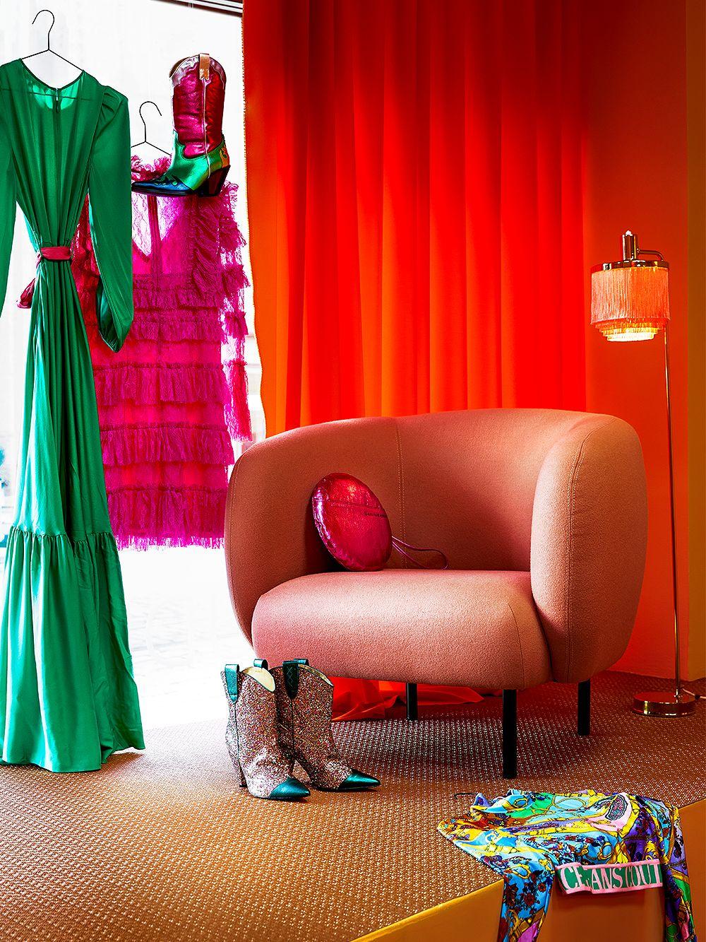 Warm Nordic Cape-nojatuoli, punainen