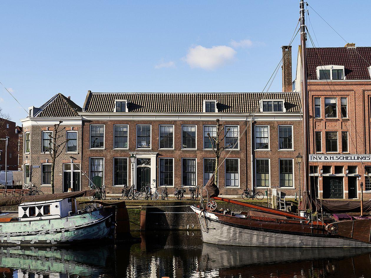 Earnest Studion työhuone Rotterdamissa kuvattuna ulkoapäin.