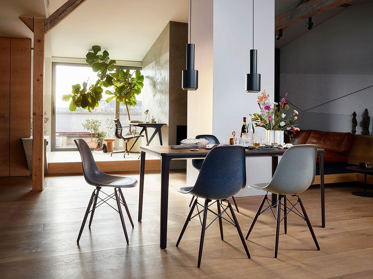 Vitra Eames DSW Fiberglass tuoli, elephant hide grey - vaahtera