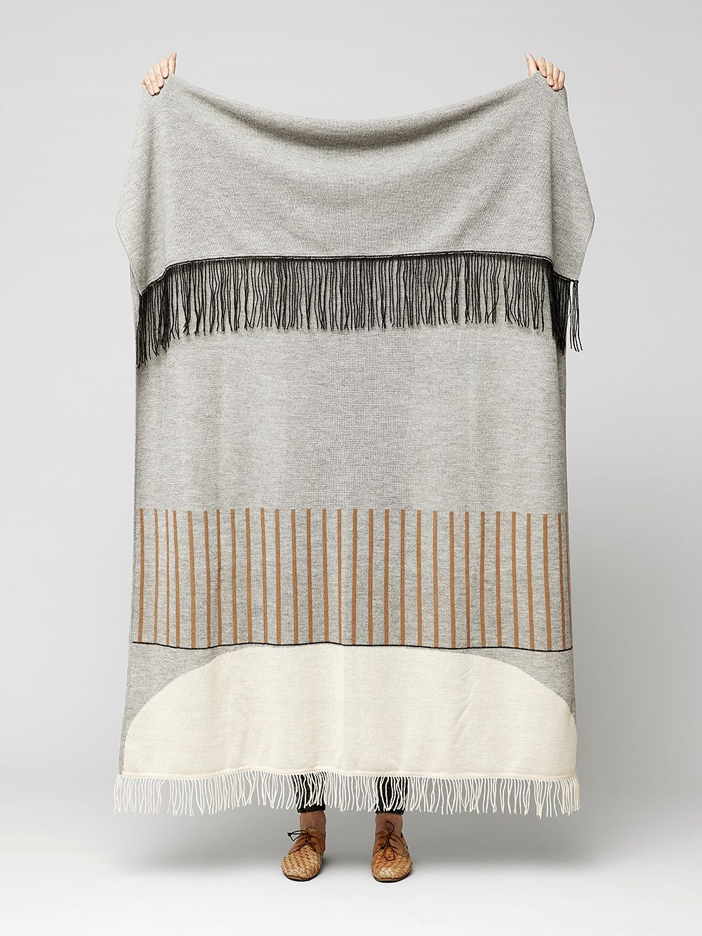 Form & Refine Ayamara-huopa