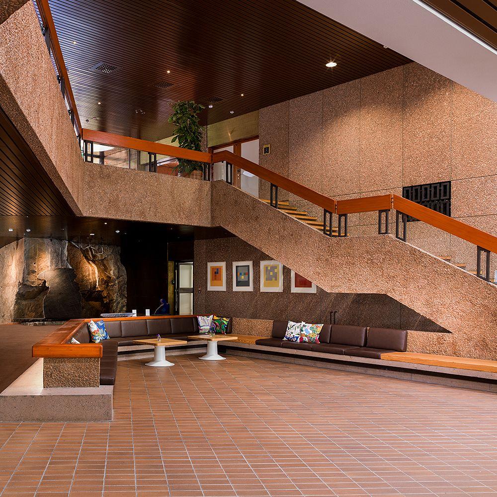 Hanasaaren kulttuurikeskuksen aula