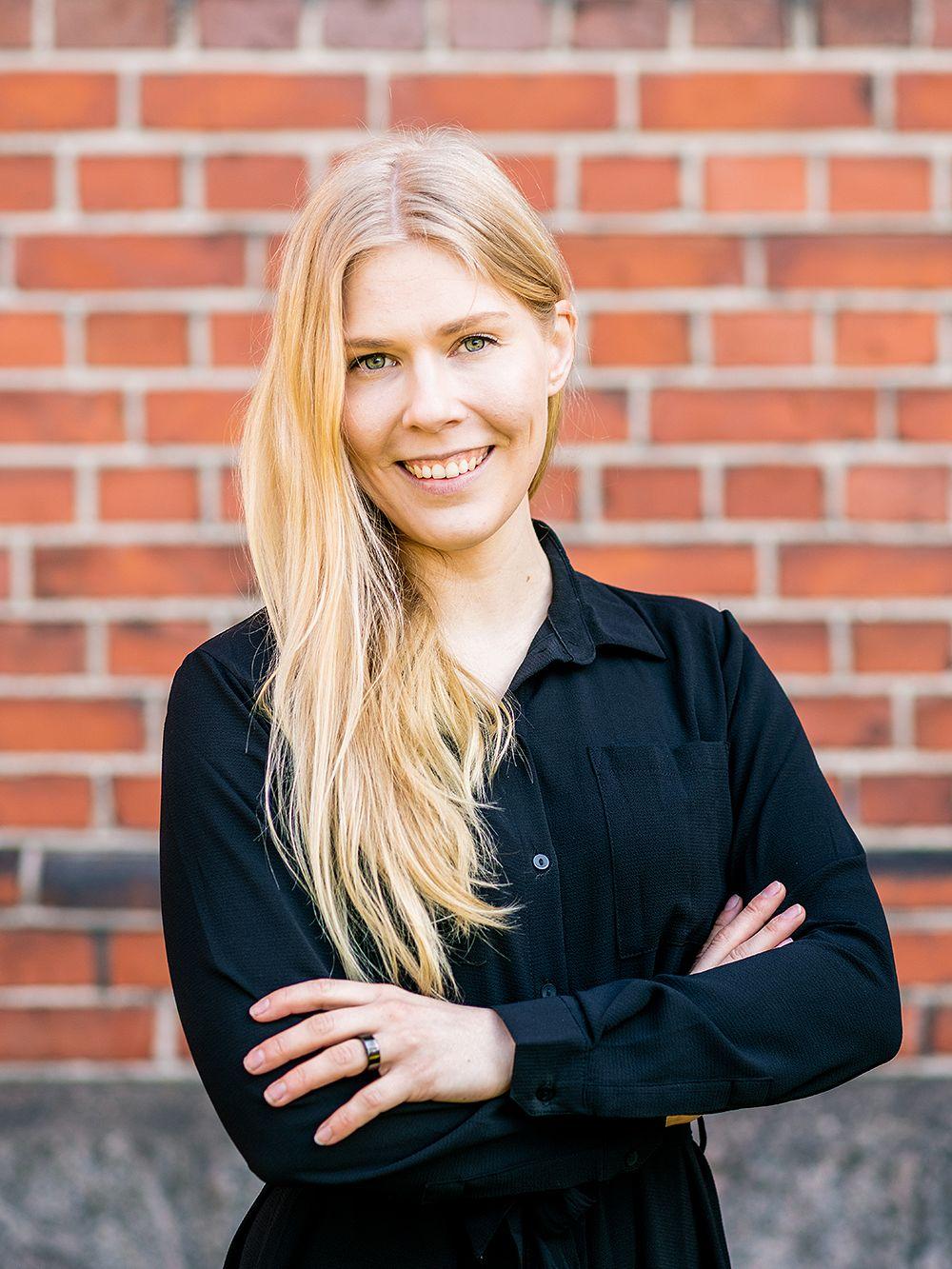 Julia Hämäläinen, Inklusiiv ry:n operatiivinen johtaja