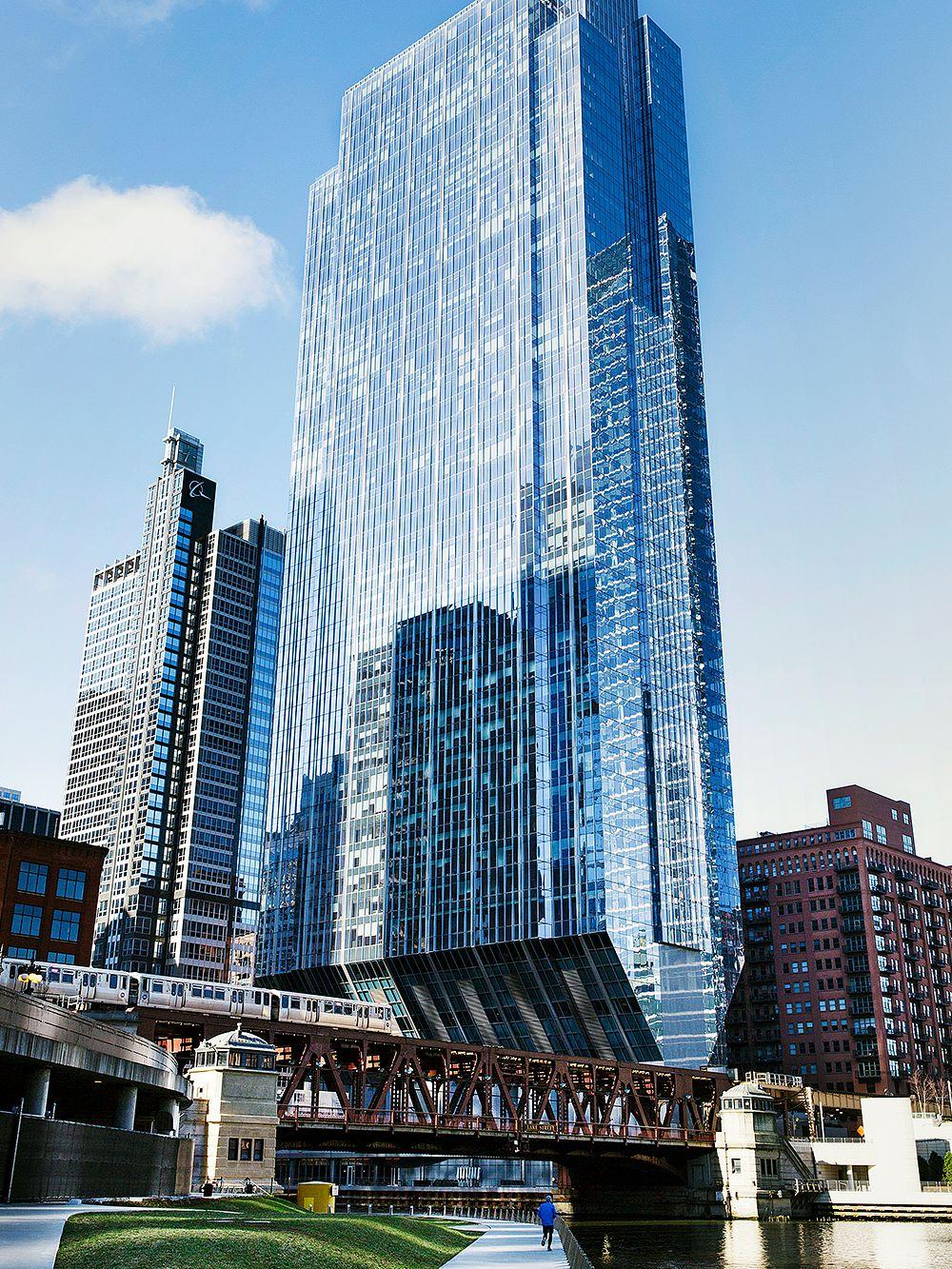 Chicagon 150 North Riverside -pilvenpiirtäjä