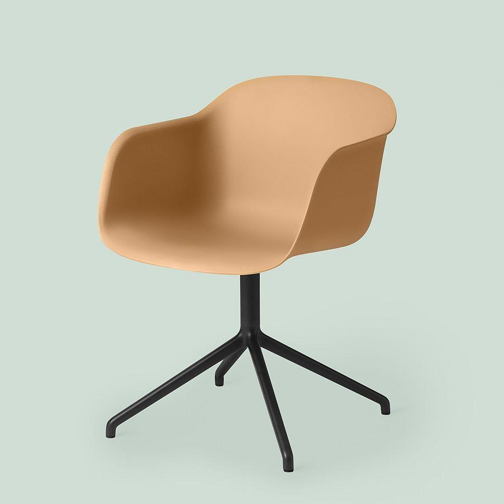 Muuto Fiber tuoli käsinojilla, pyörivä, okra - musta
