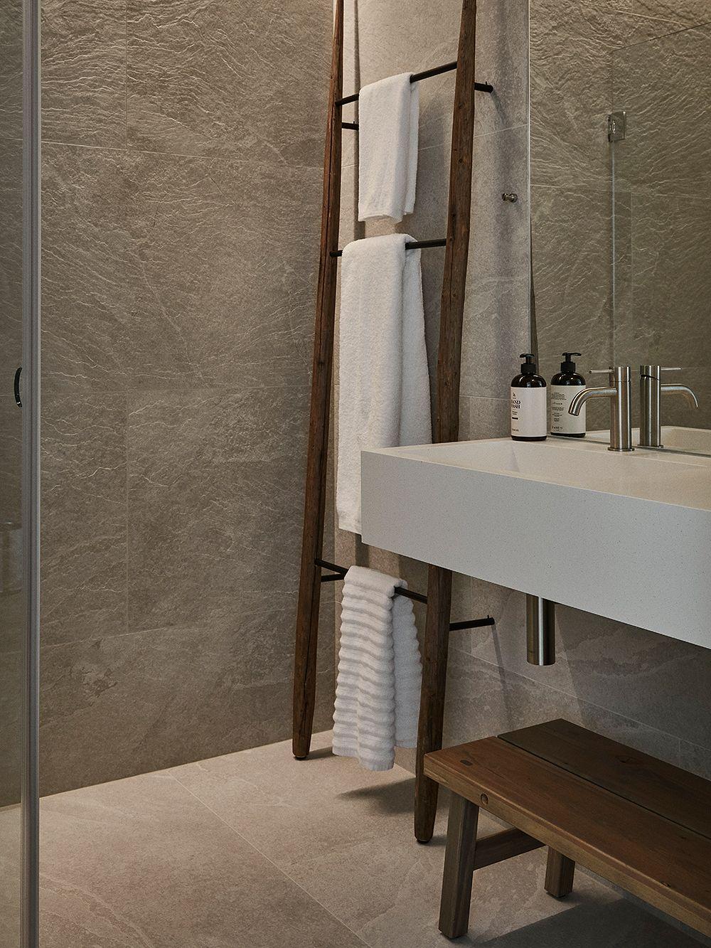 Runo-hotellin kylpyhuone