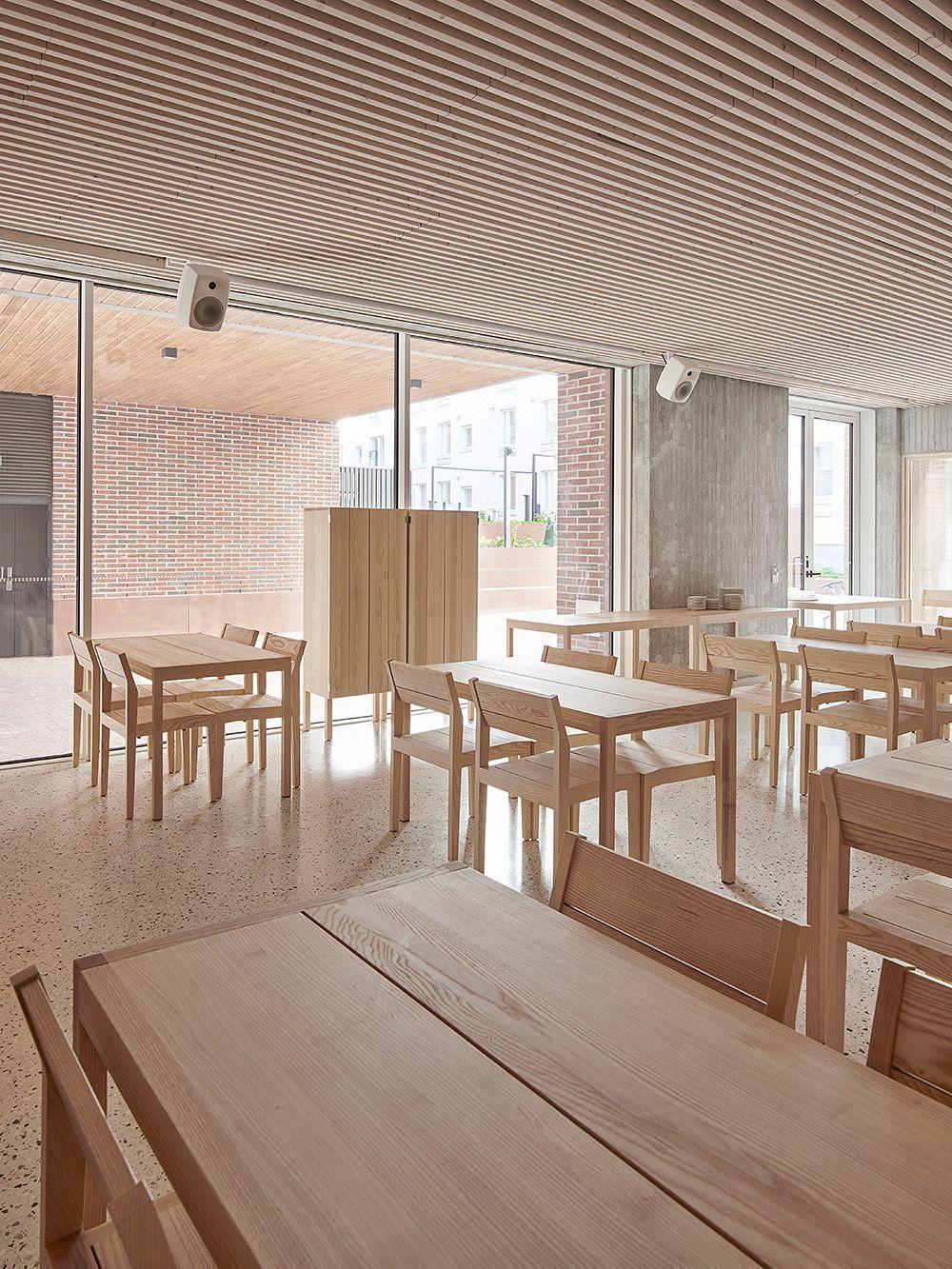 Nikari  Arkitecture kaappi, 155 x 80 x 40 cm, tammi