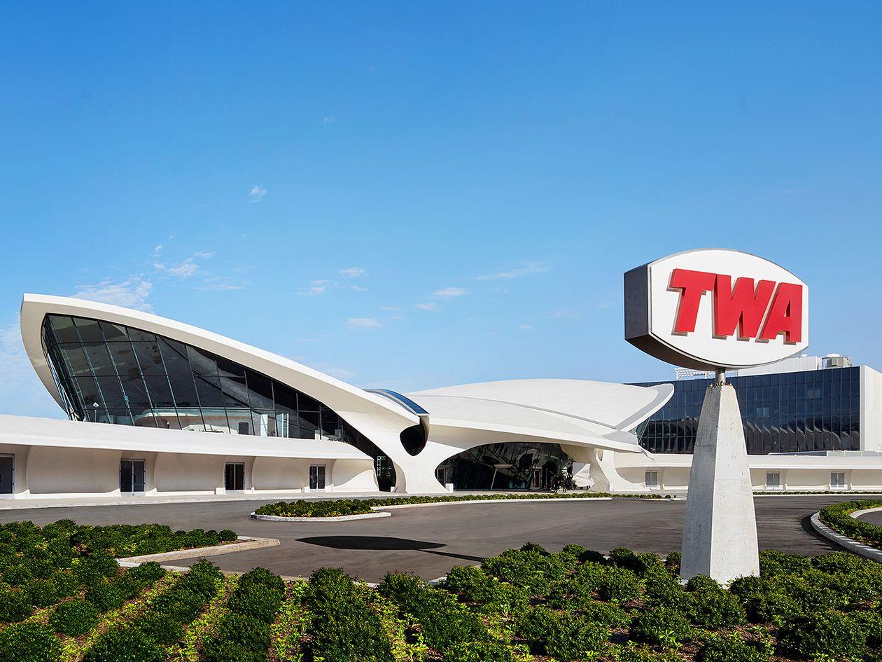 TWA Hotel Eero Saarinen