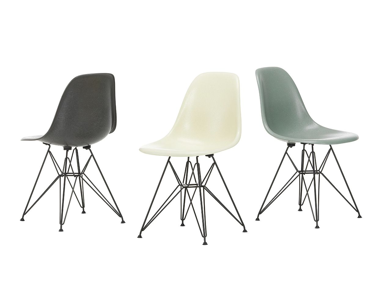 Vitra Eames-lasikuitutuolit