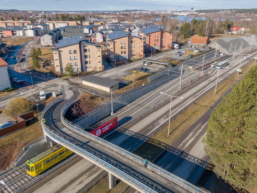 Tampereen Ratikan testivaunu Turtolassa