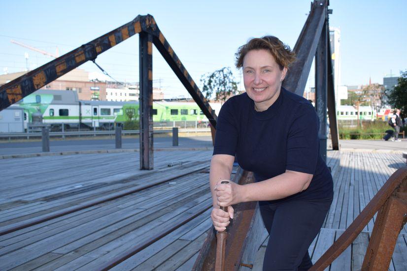 Tampereen Raitiotie Oy:n projekti-insinööri Niina Uolamo