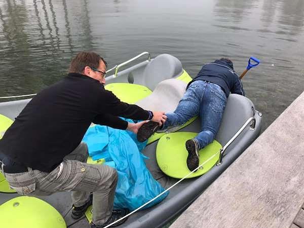 Auch die Seen in unseren Parks (hier Park Allgäu) werden von Müll befreit.