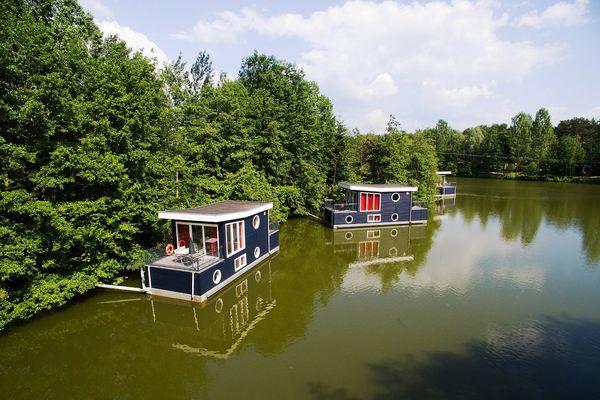 Hausboote in Bispinger Heide