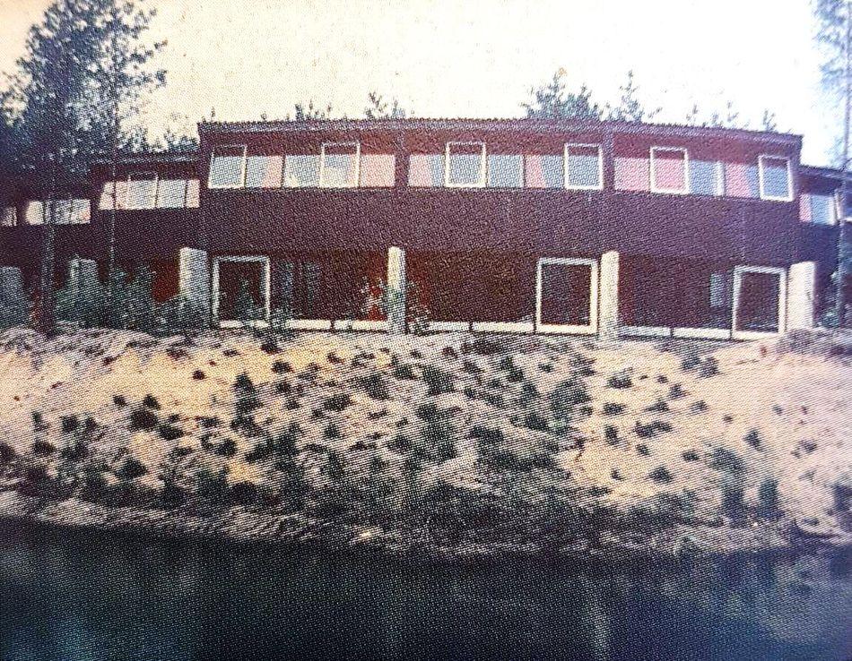 Ferienhäuser direkt am Wasser in Het Vennenbos 1970