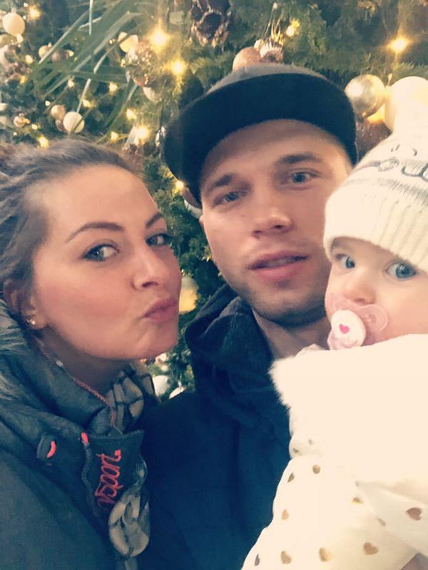 Tanja mit Partner Alex und Töchterchen Milena